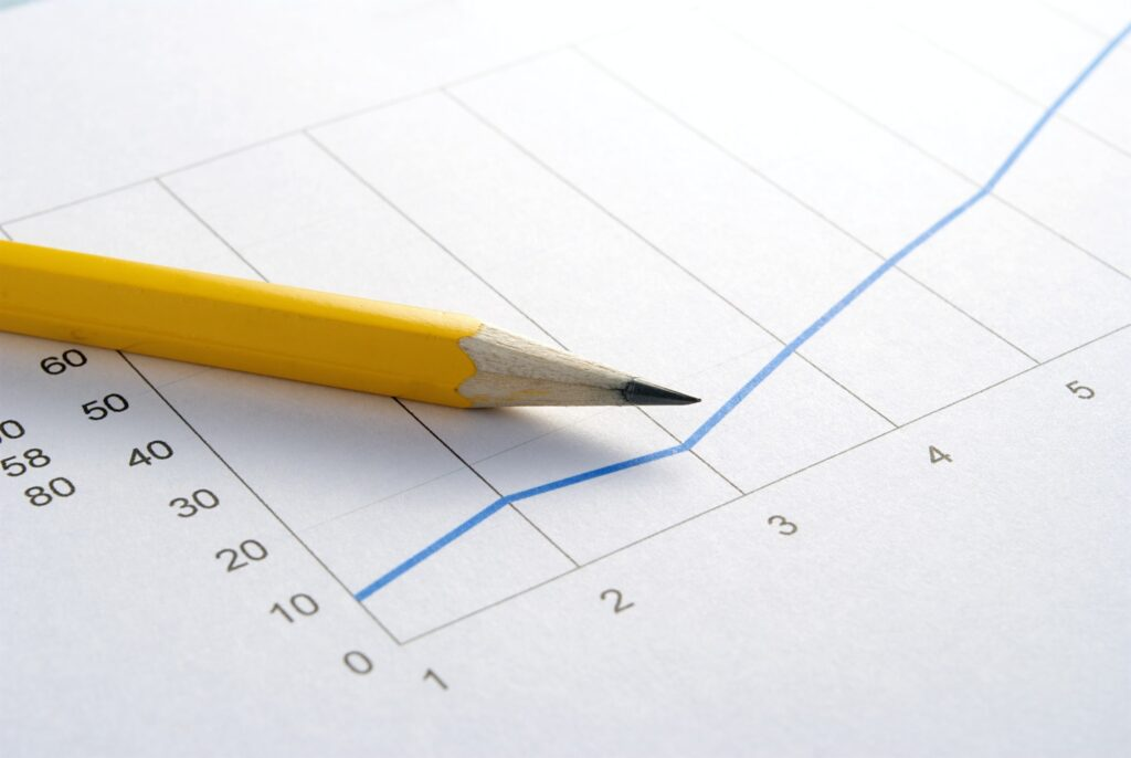 pencil and graph for seo ranks